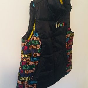 COOGI Jackets & Coats - Coogi Black All Over Spell Out Puffer Vest Size 2X